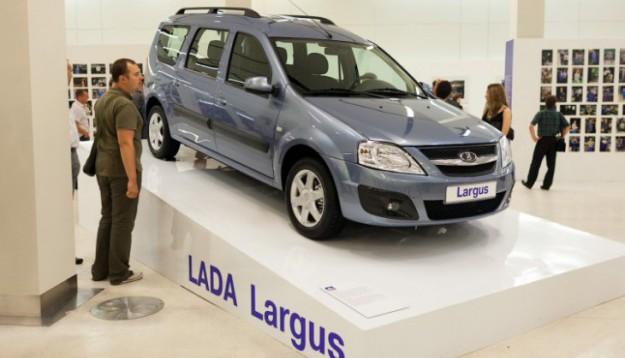 Модели были представлены благодаря программе «Лада глазами потребителя», которая позволила покупателям поучаствовать в опросе, направленном на улучшение удобства автомобиля.