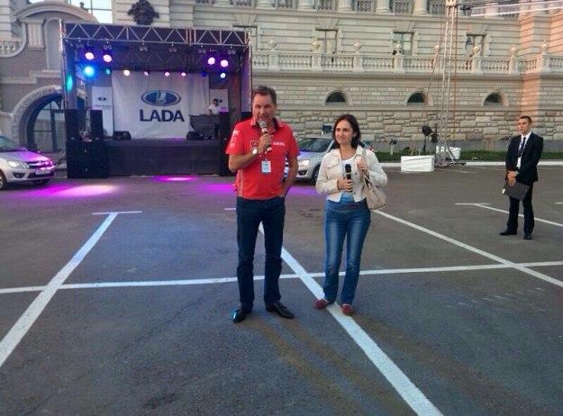 Рустам Минниханов стал обладателем двух лифтбеков Лада Гранта