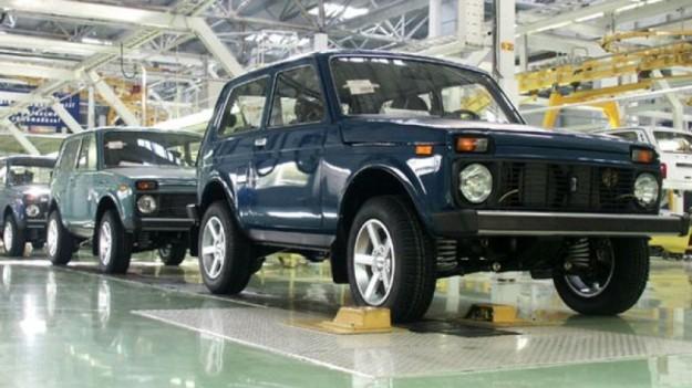 «АвтоВАЗ» выпустил автомобиль Lada 4x4 с двигателем от FIAT