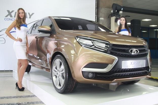 Названы уточненные цены на модели Lada Vesta и Lada XRAY